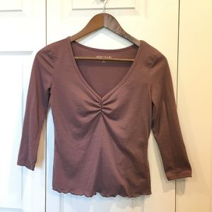 Mauve 3/4 Sleeve Top with Lettuce Trim Detailing
